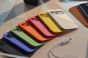 Galaxy-S4-S-View-Covers